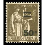 Timbre France N° 298 neuf sans charnière