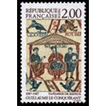 Francobolli francesi N ° 2492 Nuevo non linguellato