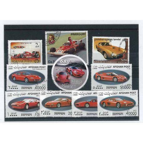 Voitures Ferrari : 10 timbres différents
