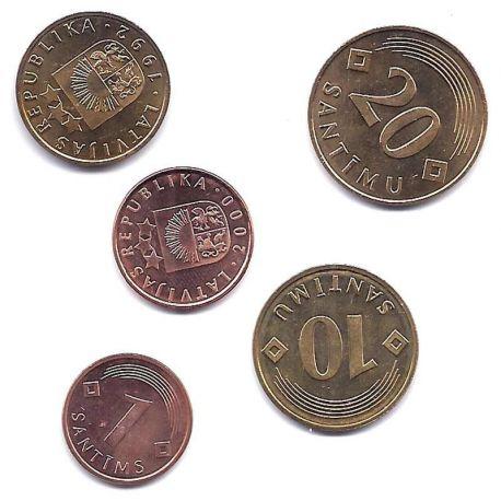 Lettonie - Série de 5 pièces différentes