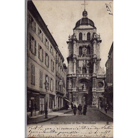 Carte postale 01 - Bourg - Eglise et rue Notre-Dame - Voyage - Dos non divise...