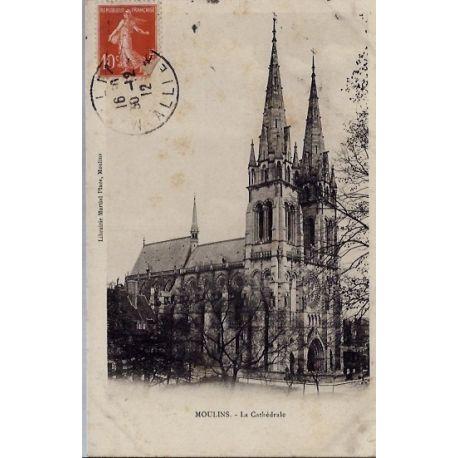 03 - Moulins - La cathedrale -Voyage - Dos divise...