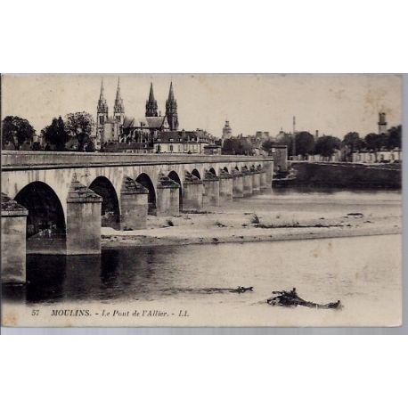 03 - Moulins - Le pont de l'Allier - Voyage - Dos divise...