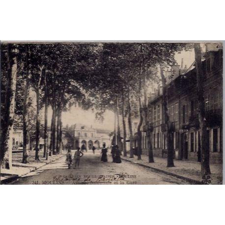 03 - Moulins -Galeries Bourbonnaises - Avenue nationale et la gare - Voyage ...