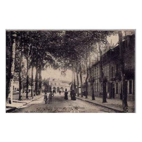 Carte postale 03 - Moulins -Galeries Bourbonnaises - Avenue nationale et la gare - Voyage