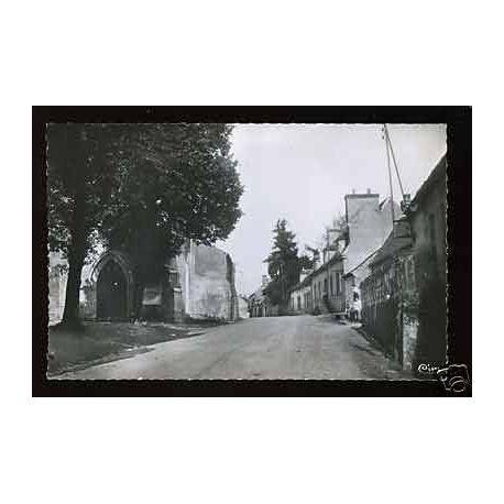 03 - St Gerand de Vaux - Eglise - Entree du bourg- CPSM