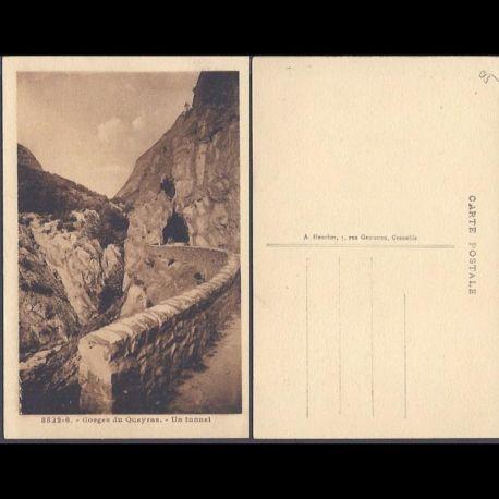 Carte postale 05 - Gorges du Queyras - Un tunnel