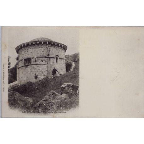 Carte postale 07 - Le Chambon - Rotonde sepulcrale - Non voyage - Dos non divise...