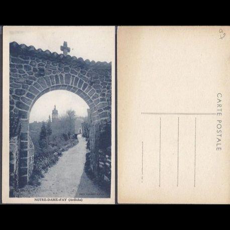Carte postale 07 - Notre Dame d'Ay - Porte du village