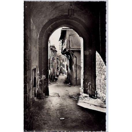 Carte postale 12 - Millau - Porte du Voultre - Voyage - Dos divise...