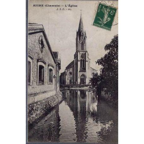 Carte postale 16 - Aigre ( Charente ) L'eglise - Voyage - Dos divise