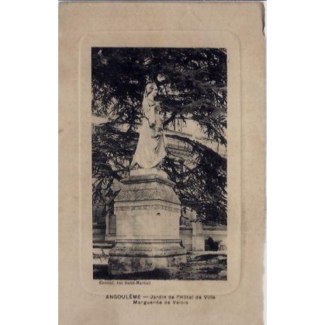 Carte postale 16 - Angouleme - Jardin de l' hotel de ville - Marguerite de Valois - Non vo...