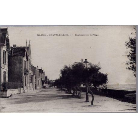 17 - Chatelaillon - Boulevard de la plage - Voyage - Dos divise...