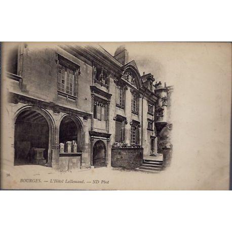 Carte postale 18 - Bourges - L' Hotel Lallemand - Voyage - Dos non divise...