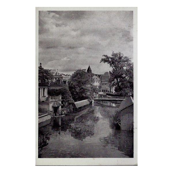 Carte postale 18 vierzon vue sur l 39 yevre et le jardin for Porte carte postale sur pied