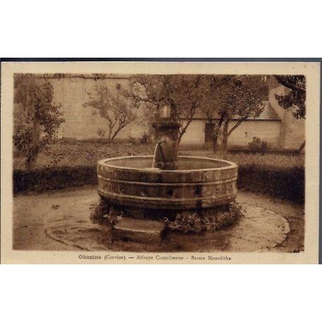 19 - Obazine - Abbaye Cistercienne - Bassin Monolithe - Voyage - Dos divise...