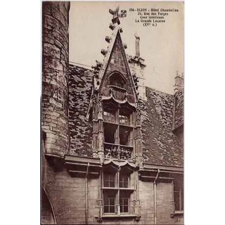 Carte postale 21 - Dijon - Hotel Chambellan - cour interieure - la grande lucarne ( XVeme si