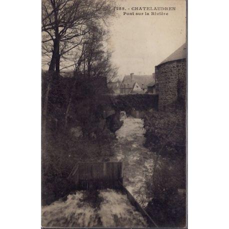 22 - Chatelaudren - Pont sur la riviere - Non voyage - Dos non divise...