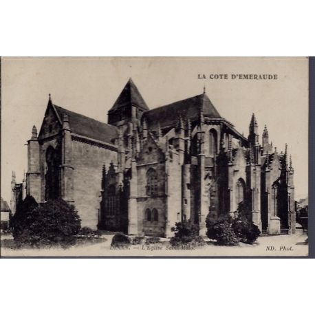 Carte postale 22 - Dinan - l'eglise Saint-Malo - Voyage - Dos divise...