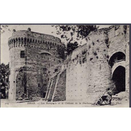 22 - Dinan - les remparts et le chateau de la Duchesse - Voyage - Dos divise...