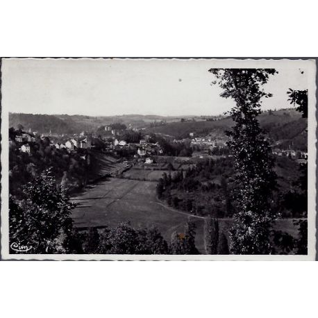 Carte postale 23 - Aubusson - Vue generale - un joli coin sur la Vallee - Voyage - Dos di...