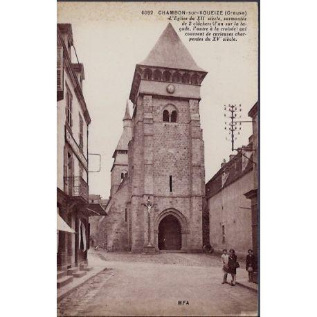 Carte postale 23 - Chambon-sur-Voueize - l 'eglise du XIIeme siecle, surmontee de 2 cloch...