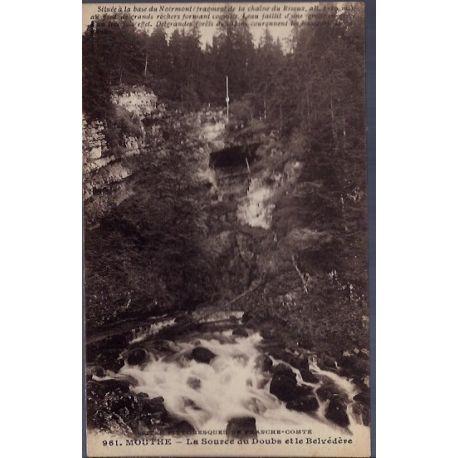 25 - Mouthe - La source du Doubs et le Belvedere - Voyage - Dos divise...