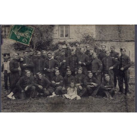 Carte postale 25 - Photo de groupe en uniforme - Voyage - Dos divise...