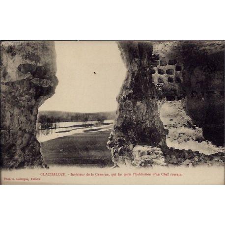 Carte postale 27 - Clachaloze - Interieur de la Caverne, qui fut Jadis l'habitation d'un ...