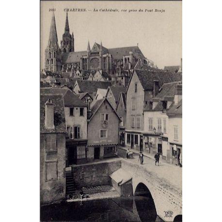 Carte postale 28 - Chartres - La Cathedrale - Vue prise du Pont Bouju - Non voyage - Dos...
