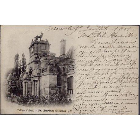 Carte postale 28 - Environs de Dreux - Chateau d' Anet - Vue exterieure du portail - Voy...