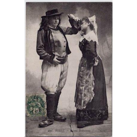Carte postale 29 - Brest - Danse Bretonne - Voyage - Dos divise