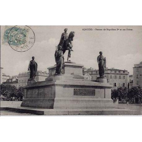 Carte postale 20 - Ajaccio - Statues de Napoleon Ier et ses freres - Voyage - Dos non divise