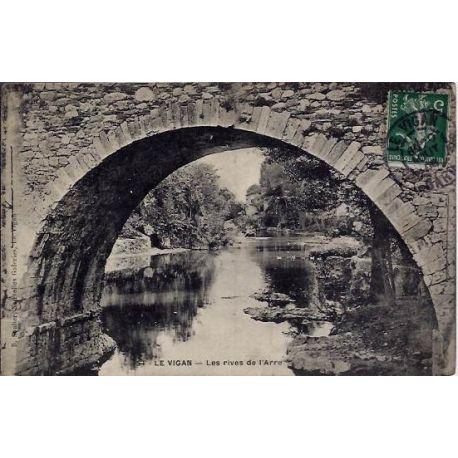 Carte postale 30 - Le Vigan - Les rives de l'Arre - Voyage - Dos divise