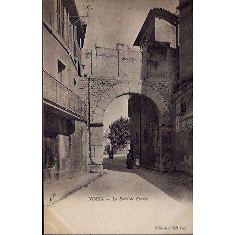 Carte postale 30 - Nimes - La porte de France - Non voyage - Dos divise...