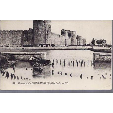 Carte postale 30 - Remparts d'Aigues-Mortes - Cote sud