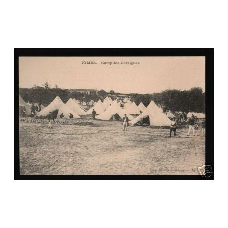 30- NIMES - CAMP DES GARRIGUES - ANIMEE