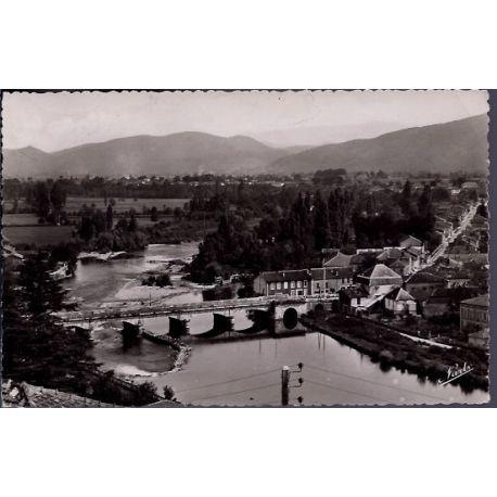 Carte postale 31 - Montrejeau - Le pont sur la Garonne reliant Montrejeau a Gourdan-Polig...