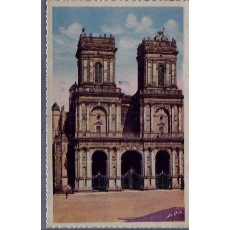 Carte postale 32 - Auch - La facade de la Basilique Ste-Marie - Voyage - Dos divise...