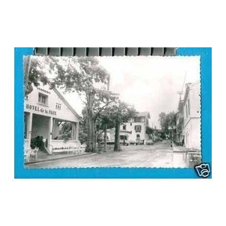Carte postale 32 - BARBOTAN LES THERMES - RUE PRINCIPALE - CPSM