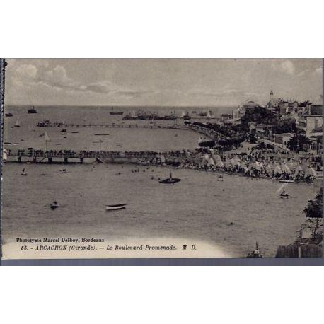Carte postale 33 - Arcachon - le boulevard-promenade - Non voyage - Dos divise...