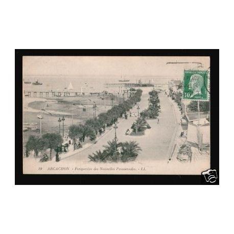 Carte postale 33 - ARCACHON - PERSPECTIVE DES Nelles PROMENADES