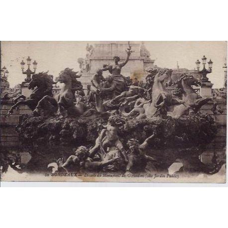 Carte postale 33 - Bordeaux - Details du monument des Girondins - cote jardin public - Voyag