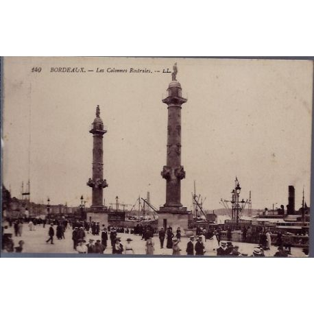 33 - Bordeaux - Les colonnes Rostrales -Voyage - Dos divise...