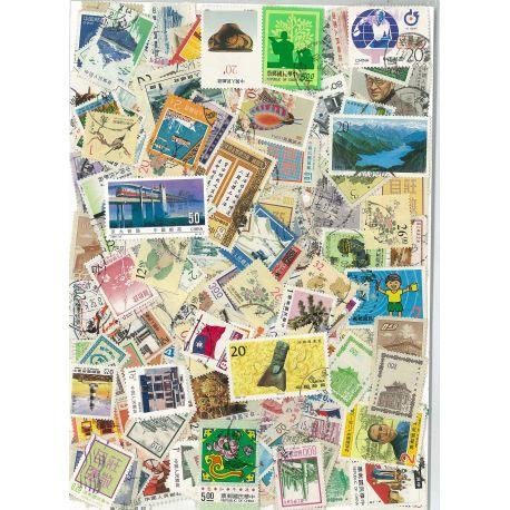 China - 100 verschiedene Briefmarken