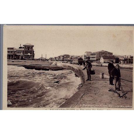 34 - Palavas-les-Flots - Vue prise des jetees - Non voyage - Dos divise...