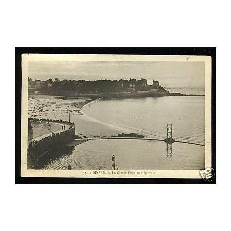 Carte postale 35 - Dinard - La grande palge au crepuscule