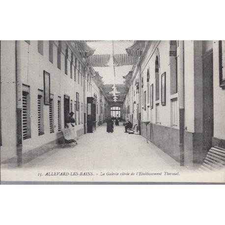 38 - Allevard - La galerie vitree des thermes