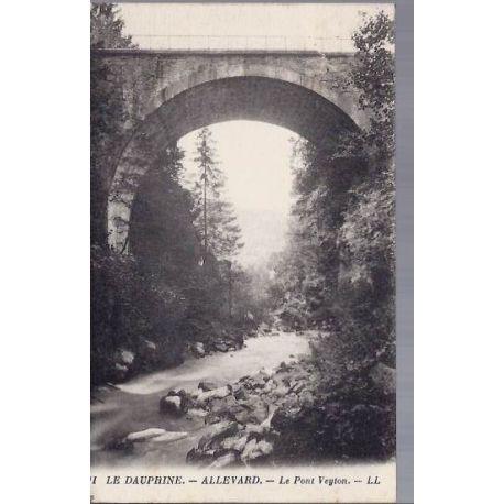 38 - Allevard - Le pont Veyton