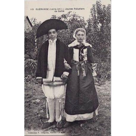 Carte postale 44 - Guerande - Jeunes paludiers de Saille - Non voyage - Dos divise